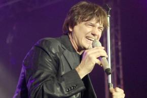 Zdravko Čolić 14. veljače 2015. nastupa u Osijeku